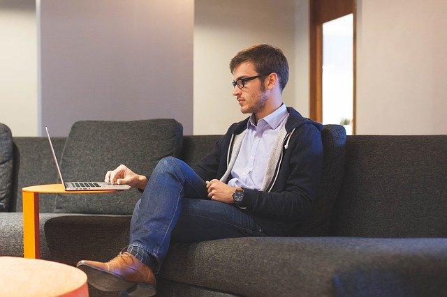 Contratar uma empresa ou um Freelancer?